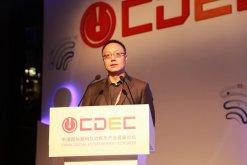 完美世界CEO萧泓:尝试与创新才是游戏行业所需要的